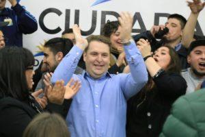 Von der Thusen dedicó a los vecinos su consagratorio resultado en las elecciones