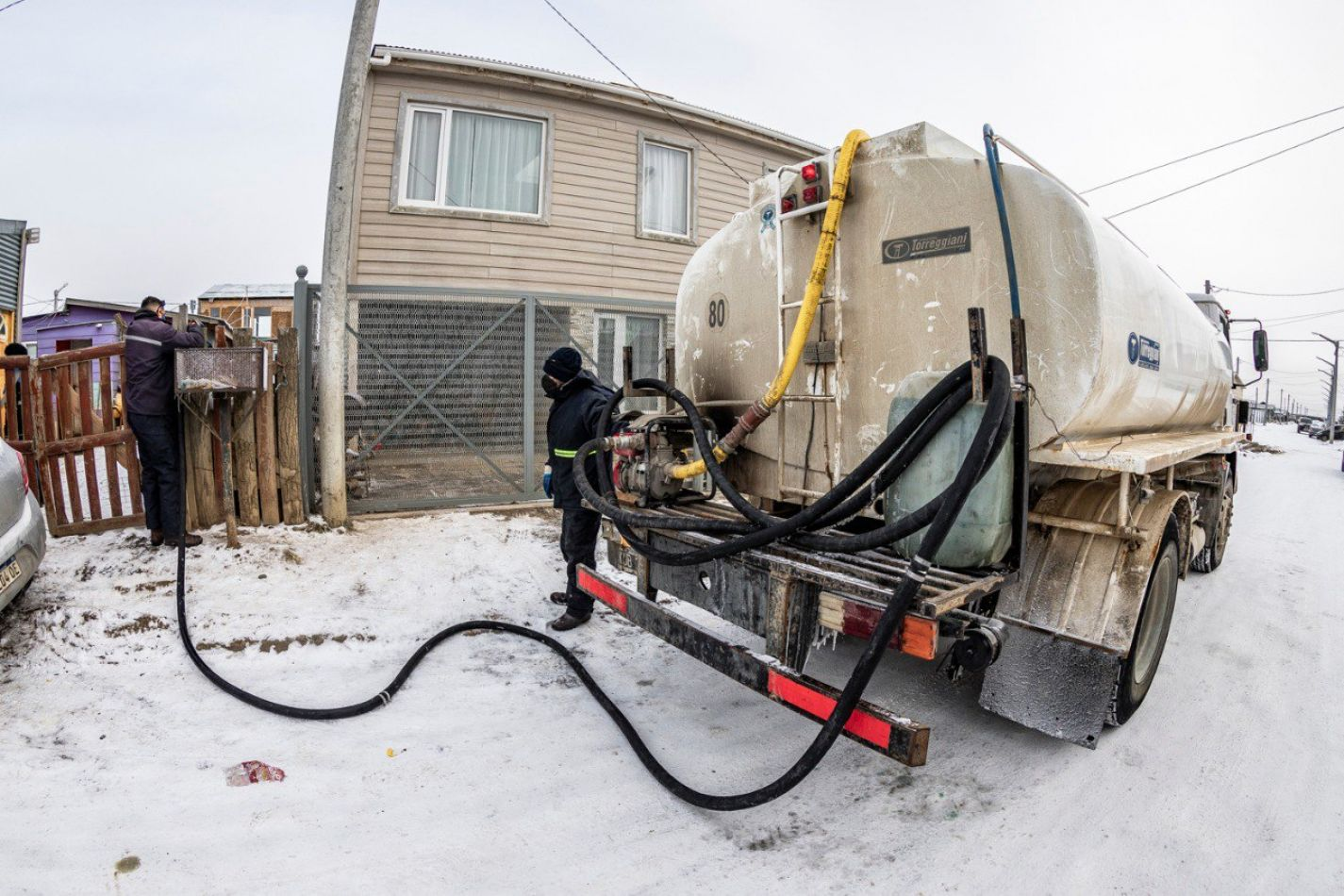 59617 Camiones Cisterna Municipales Continuan Asistiendo A Vecinos Con Agua Potable